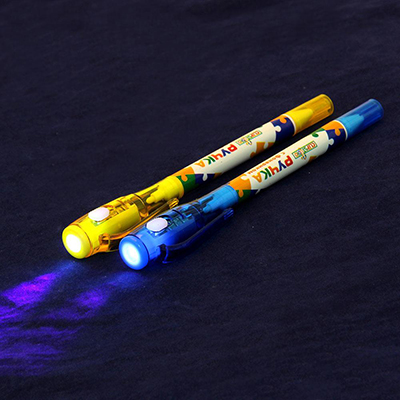 ClipStudio Ручка шариковая с невидимыми чернилами и фонариком  Шпаргалка , 4цв, пластик, на блистере - фото товара