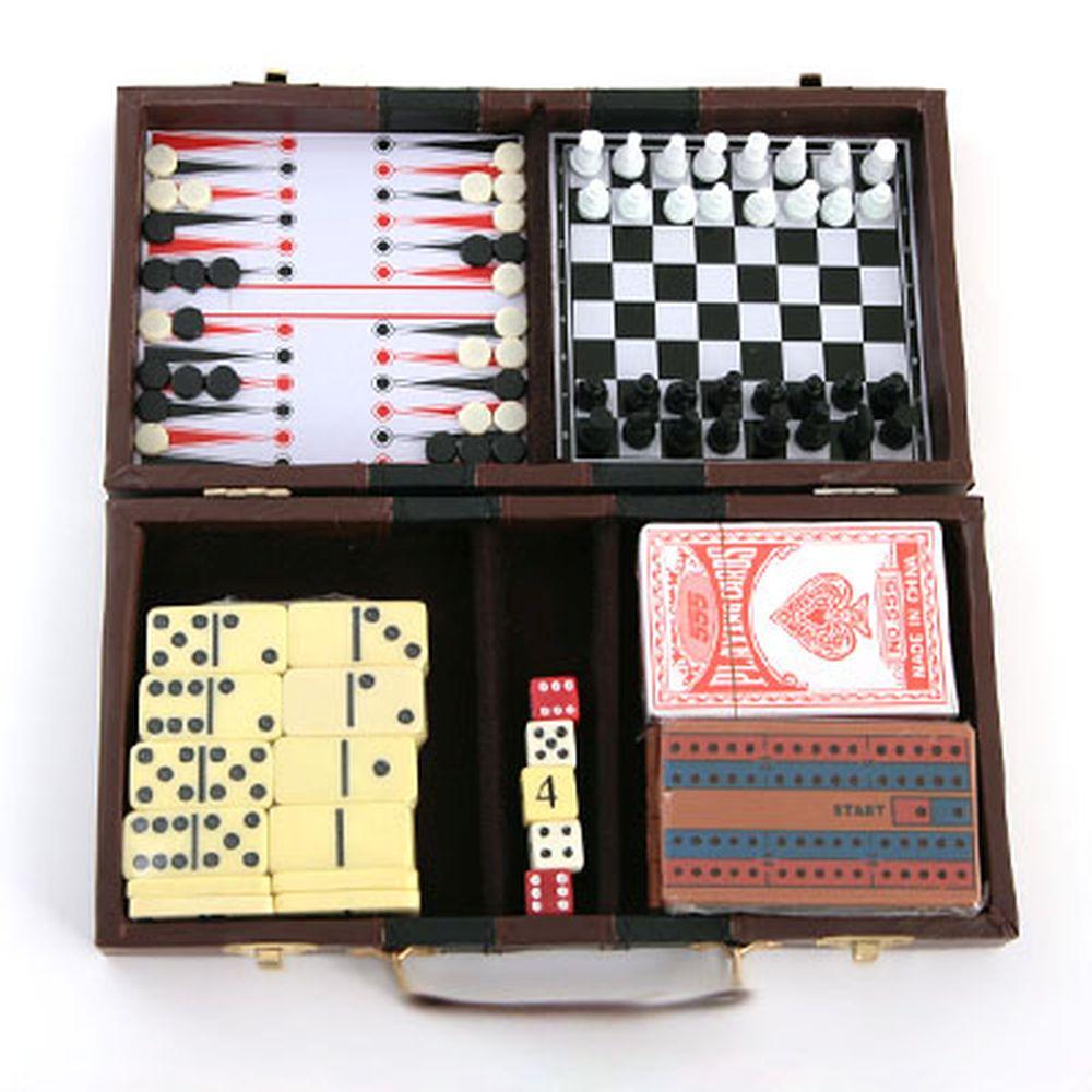 Набор игр 6 в 1 в кейсе, 13х26см, пластик, бумага, МДФ, 10054