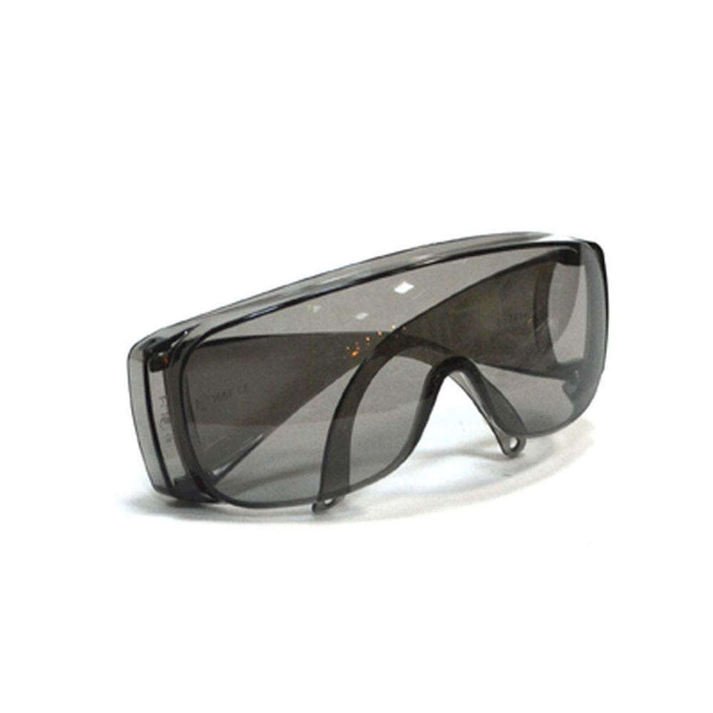 Очки защитные с дужками открытого типа, затемненные, ударопрочный поликарбонат