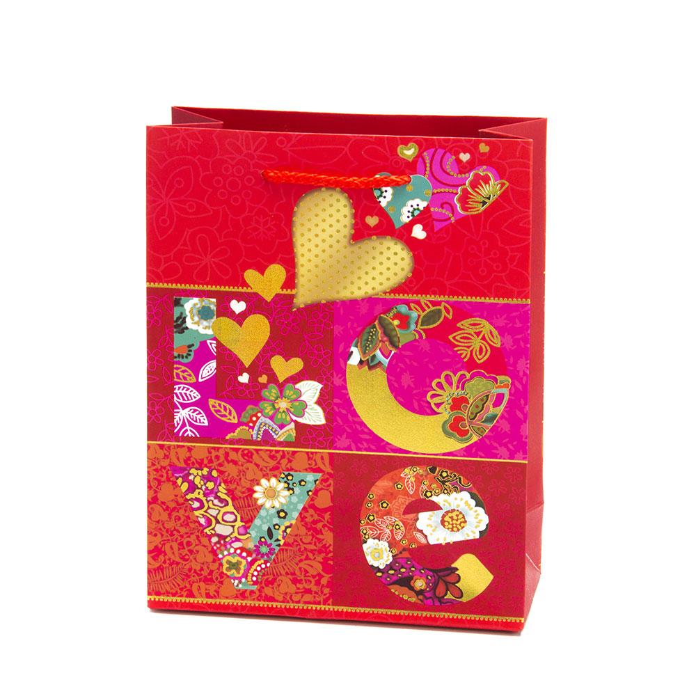 Пакет подарочный бумажный, 18х23х8см, высококачественная бумага, с сердцами, 4 дизайна