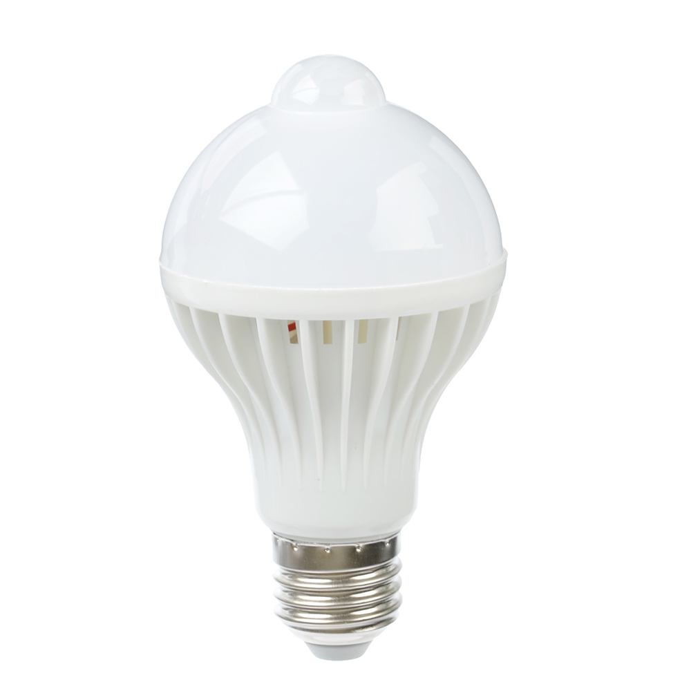 ЕРМАК Лампа светодиодная с датчиком движения 8 Вт, E27, 640 Лм, 4000К, холодный свет