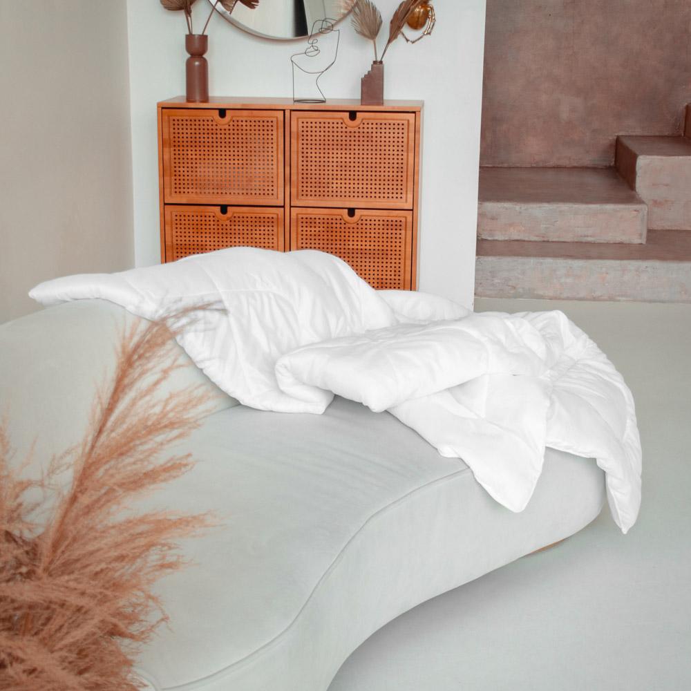 """Одеяло утепленное стеганое, 172х205см, """"Лебяжий пух"""""""