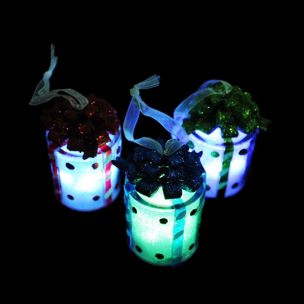 СНОУ БУМ Светильник LED, пластик, в виде подарка, 7,5х4 см, 3xAG13, 3 дизайна