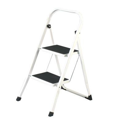 465-031 VETTA Стремянка для дома с антискольз. ступенями 2 ступ. высота 46,5см макс нагрузка 150кг;вес 4,3кг