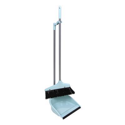 445-031 VETTA Набор щетка+совок, пластик, железо, ПВХ, 2 ручки, длина 62см