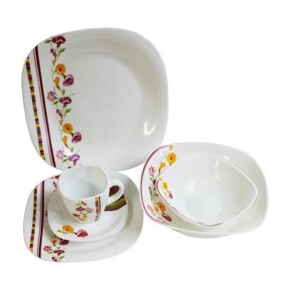 818-527 VETTA Климена Набор столовой посуды 31 пр. квадратной W-31M