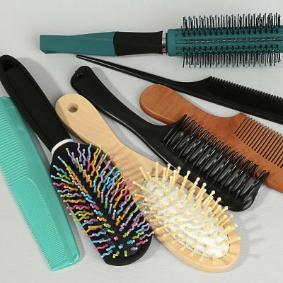 319-017 Расческа гребень для волос ЮниLook, 17,7х3,1 см, 4 цвета