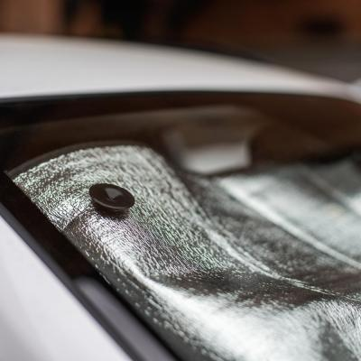 718-021 NG Шторка солнцезащитная на лобовое стекло, 130х60см, серебристая, 110035L