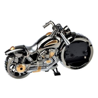 529-118 Часы настольные, в виде мотоцикла, пластик, 26,5х12 см, 1хАА