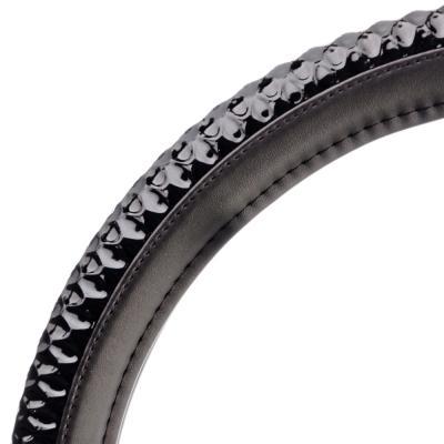 708-085 NEW GALAXY Оплетка руля, экокожа, вставка из лакированной кожи, черный, разм. (М)
