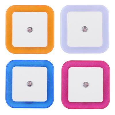 Ночник в розетку 220-240В, пластиковый с датчиком освещения LED, 4 цвета-3