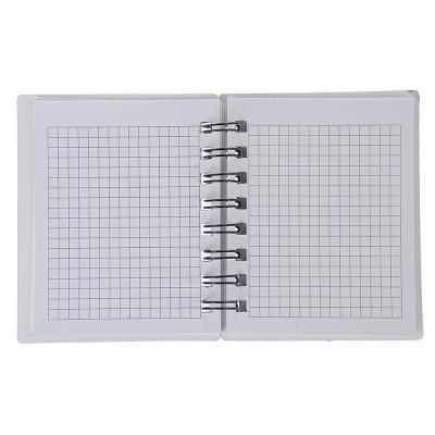 574-002 Записная книжка с вырубкой 10,5х12,5см 58л., твердая обложка, спираль, в клетку, 4 дизайна