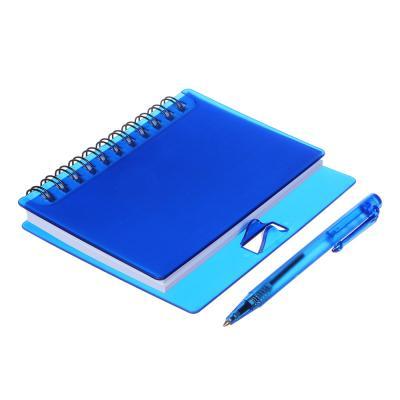 574-005 Записная книжка в клетку с ручкой, 80л., твердая пластиковая обложка, 9,5х11 см, 8 цветов