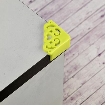 416-180 Защита на углы, кружево, 5,5x4x2см 4 шт. силикон 3 цвета