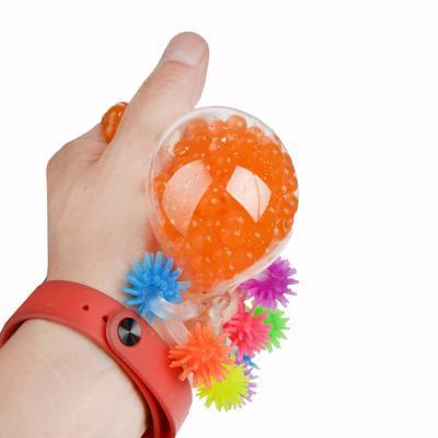 297-026 Мялка в виде Осьминожки с шариками, резина, 5,5х5х5,5см, 4-6 цветов