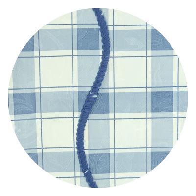 """479-243 Скатерть на стол виниловая, с ажурной каймой, 110x140см, VETTA """"Синяя клетка"""""""