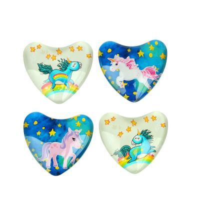 528-293 Магнит стеклянный с единорогами в форме сердца, 5х4,5см, 14 дизайнов
