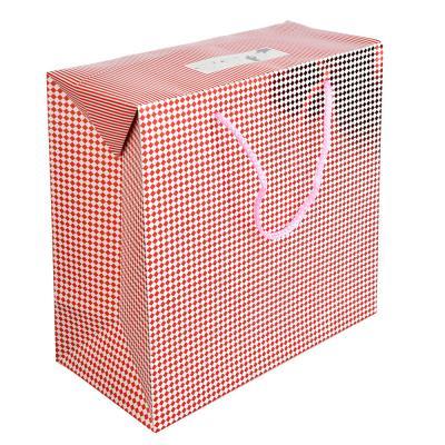 507-922 Пакет подарочный, 27х27х13 см, высококачественная бумага с блеском, 4 дизайна, арт 135