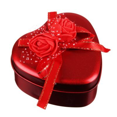 504-581 Шкатулка с декором в виде сердечка 7х6,5х3,5 см, металл, полиэстер, 4 цвета