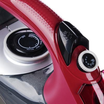 249-021 Утюг LEBEN 2400 Вт, подошва керамика, противокапельная система, бордовый/черный