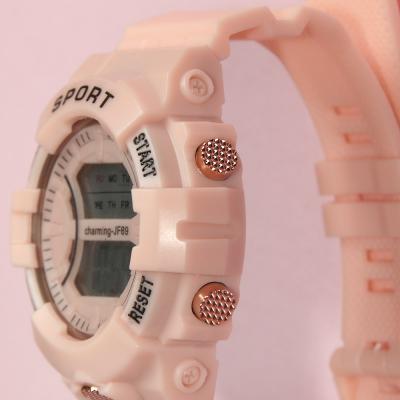 026-005 Часы электронные наручные BERIOTTI, 1х2032, 2 дизайна