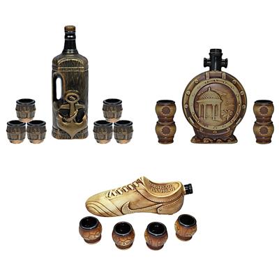 531-007 Набор подарочный 5 пр.: штоф фигурный со стопками, керамика, 3 дизайна